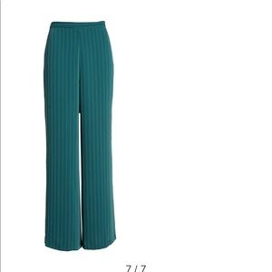 NWT XS wide leg high waisted pant with stripes